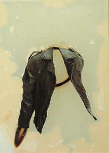 GLASSBURN XVI 1994 Resina de poliester y collage 13 x 18,5 x 2,5 cm