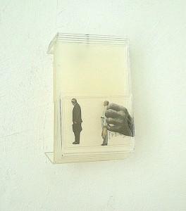 METHACRYLATE V 1995 Plastico collage 12 x 9 x 7 cm