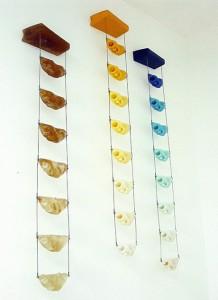 ESCARALERAS, 2003-2004 Resina de poliester y acero 230 x 40 x 12 cm